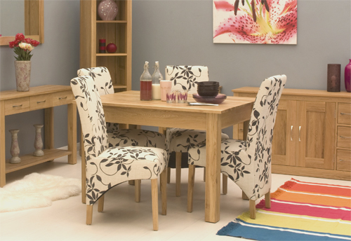 picture of mobel oak dining table 4 seater