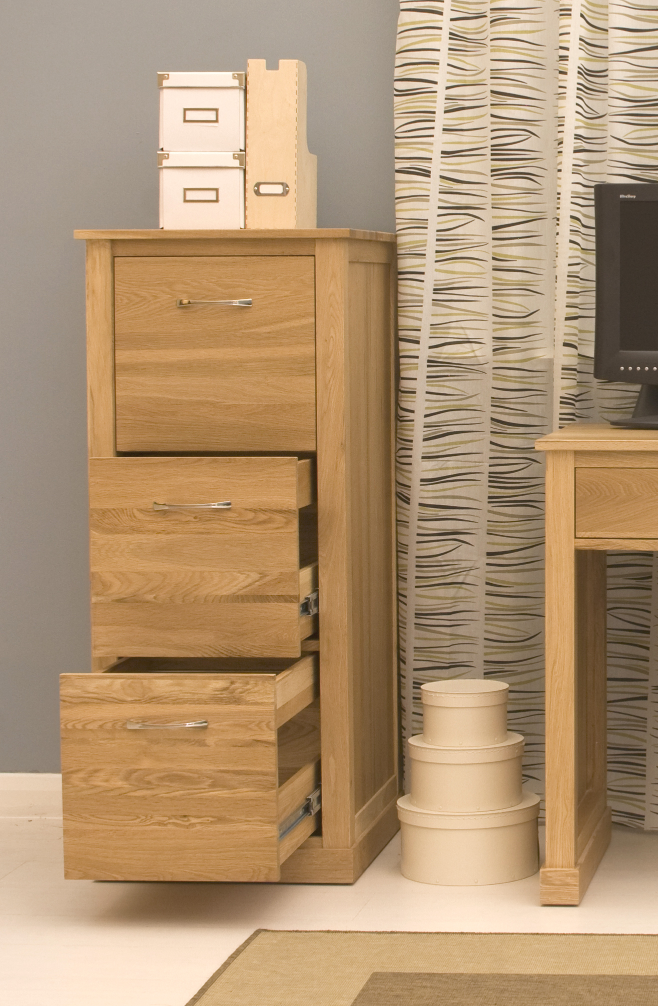 picture of mobel oak 3 drawer filing cabinet