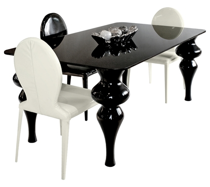 Picture of Exeter Dining Table